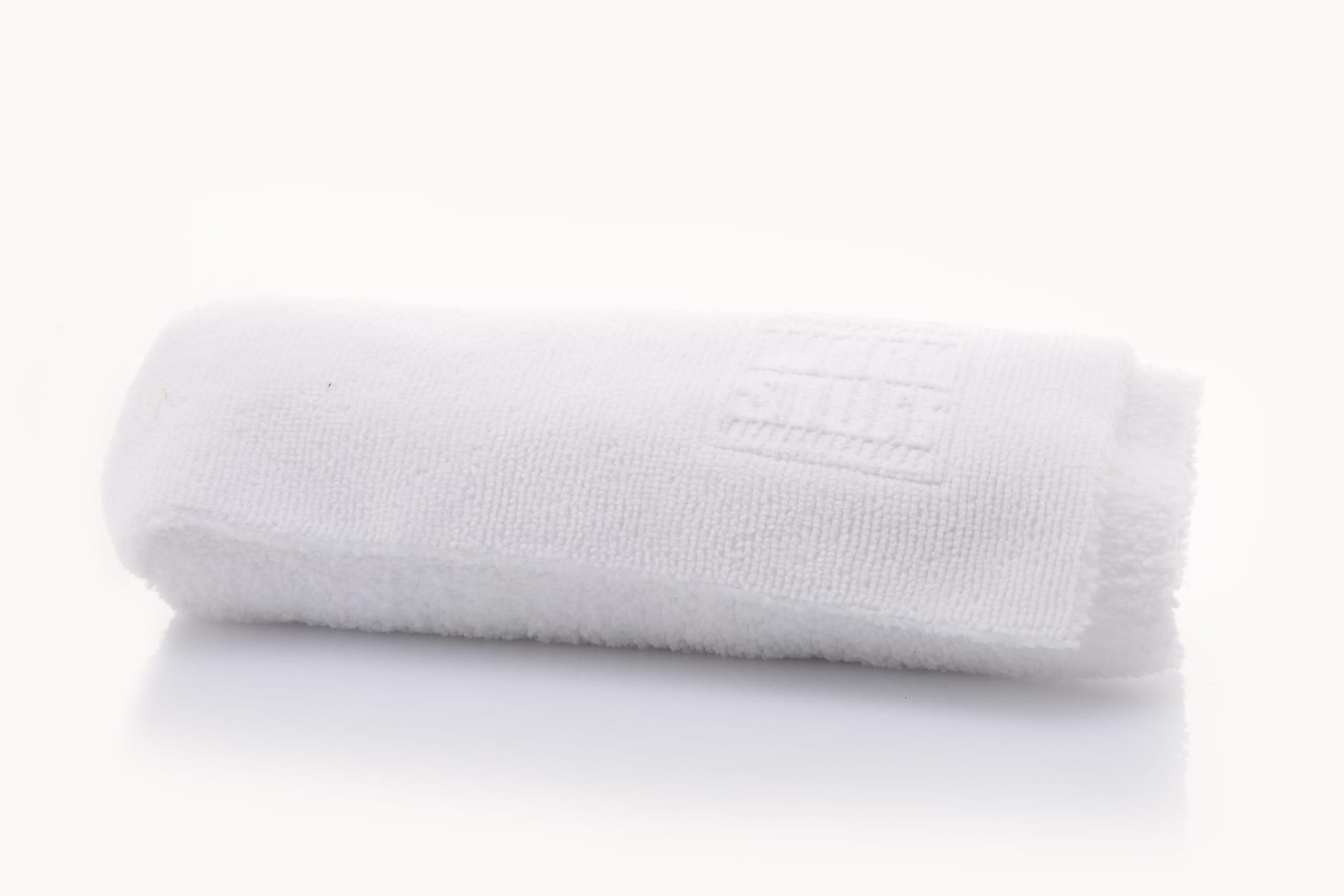 Work Stuff Basic White - delikatna mikrofibra